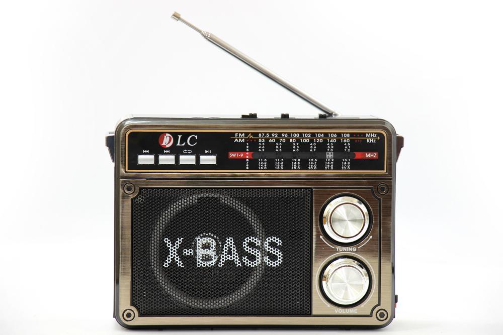 راديو قديم اسود مزود ببلوتوث ومدخل بطاقة ذاكرة اس دي، يو اس بي ومنفذ يو اكس DLC-32208B